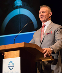 Merril Hoge at Men's Night Out 2018